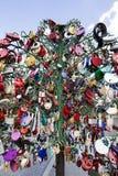 以心脏-永恒爱和联合的标志的形式挂锁 库存照片