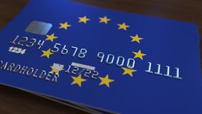 以欧盟的旗子为特色的塑料银行卡 全国银行业务相关系统动画 股票视频