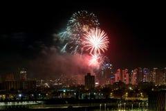 以纪念以色列` s美国独立日的欢乐烟花 图库摄影