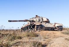 以色列坦克是在戈兰高地的最后的审判日赎罪日战争以后在以色列,在边界附近与叙利亚 库存照片