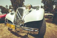 以色列, PETAH TIQWA - 2016年5月14日:技术古董的陈列 经典雪铁龙汽车在Petah Tiqwa,以色列 图库摄影