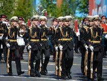 仪仗队的战士一个分开的指挥官` s变貌军团的在一次军事游行的 免版税库存图片