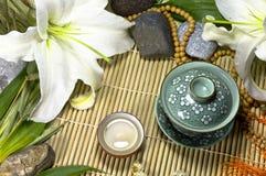 仪式仍然生活传统东方人的茶 免版税图库摄影