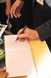 仪式签字 库存图片