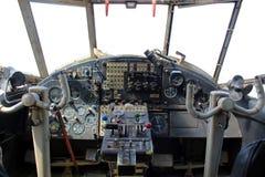 仪表板老飞机 免版税库存照片