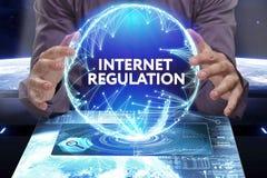 企业、技术、互联网和网络概念 新生意人 免版税库存照片