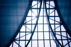 企业修造的内部,在大厦屋顶的旭日形首饰 免版税库存照片