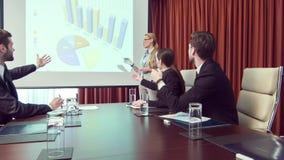 企业同事谈论项目在会议室 股票视频