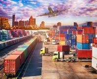 企业后勤学概念、飞机、卡车和火车 库存图片