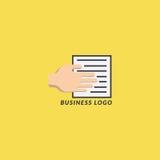企业商标手和纸 免版税图库摄影