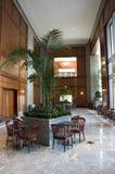 企业大厦大厅内部室内设计设计 免版税图库摄影