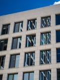 企业大厦的门面的细节在法兰克福,德语 库存图片
