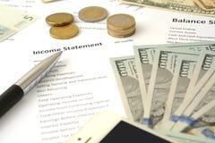 企业平衡,收入报告 免版税库存图片