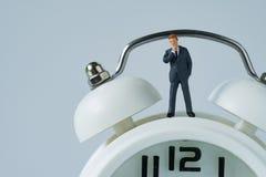 企业或时间作为微型想法的busines的读秒概念 库存图片