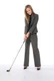 企业打高尔夫球的妇女 免版税库存图片