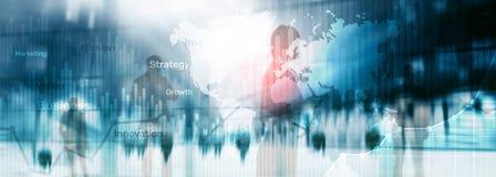 企业抽象背景两次曝光图表、图和图 全世界地图和 全球企业和财政贸易 免版税库存照片