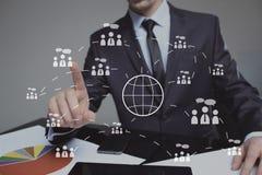 企业按钮网标志地图连接象 技术、互联网和网络概念 免版税图库摄影