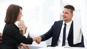 企业握手妇女商务伙伴的特写镜头 企业概念 免版税库存图片