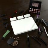 企业模板的嘲笑 化妆品 免版税图库摄影