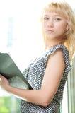 企业特写镜头逗人喜爱的纵向妇女年&# 免版税库存图片