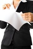 企业现代纸页撕毁的白人妇女 库存图片