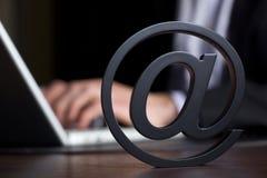 企业膝上型计算机人员符号 免版税库存图片