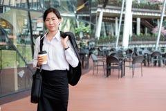 企业行动的职业妇女 库存照片