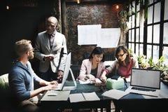 企业队会议讨论想法概念 库存图片