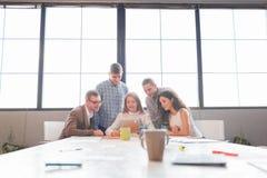 企业队开会议在办公室 小组工作 免版税库存照片