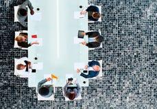 企业队证券交易经纪人行情室会议讨论战略概念 免版税库存图片