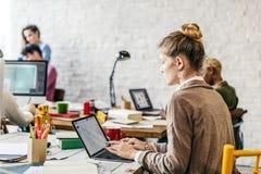 企业队运作的连接分析概念 免版税图库摄影