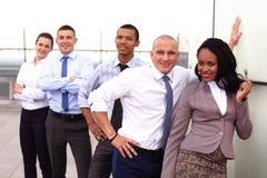 企业队画象在办公室外 免版税库存图片