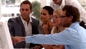 企业去的队会议在图在办公室 股票录像