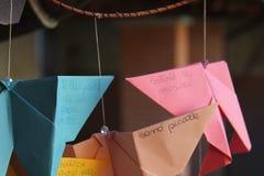 企业蝴蝶看板卡纸张固定 图库摄影