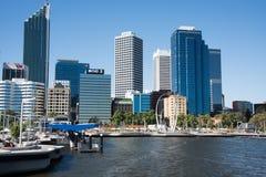 伊丽莎白奎伊入口和都市风景 库存图片