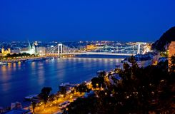 伊丽莎白桥梁在布达佩斯 库存照片