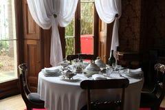 伊丽莎白海湾家的餐桌 免版税库存图片