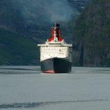 伊丽莎白ii女王/王后船 免版税库存照片