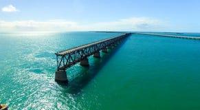 巴伊亚本田有老桥梁的国家公园鸟瞰图  免版税库存照片