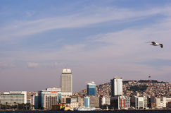 伊兹密尔城市scape  库存照片