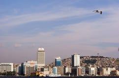 伊兹密尔城市scape  免版税库存照片