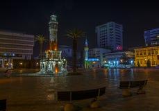 伊兹密尔夜视图 库存照片