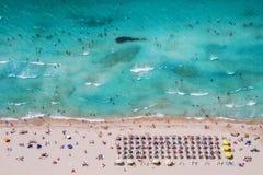 伊兹密尔Cesme Ilica海滩天线 免版税图库摄影