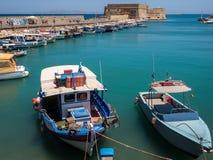 伊拉克利翁港口克利特希腊 免版税库存图片