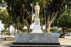 伊拉克利翁,希腊- 2017年11月:对无名战士的纪念碑 库存照片