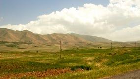 伊拉克山在伊朗附近的自治库尔德斯坦地区 免版税库存图片