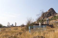 伊斯兰教的坟园在奥什,吉尔吉斯斯坦 库存照片