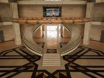 伊斯兰教的艺术博物馆的相称台阶  库存图片