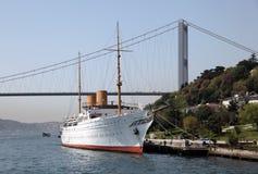 伊斯坦布尔传统的帆船 库存照片