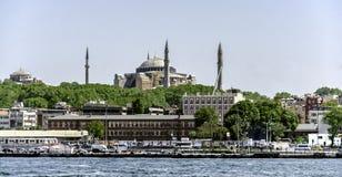 伊斯坦布尔和圣索非亚大教堂 免版税库存照片